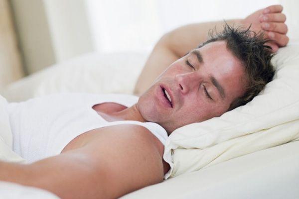 Diş Gıcırdatma Uyku Düzeninizi Bozar